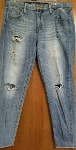 Mossimo Supply Co. Jeans - MOSSIMO DESTROYED CROPPED JEANS